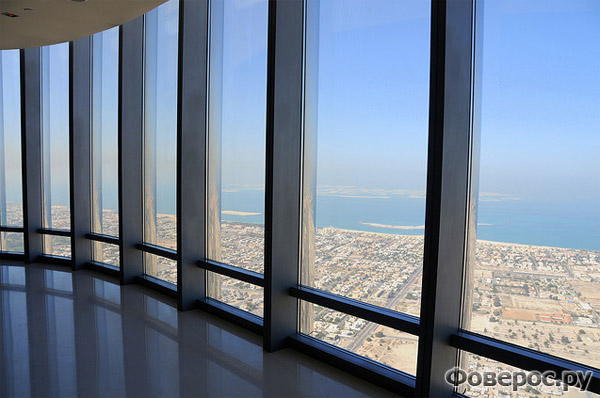 Burj Khalifa inside - Dubai - Будрж Халифа внутри здания - Дубай