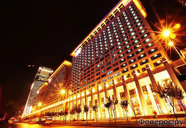 Пангу Плаза - Морган - Пекин - Китай - Отель 7 звёзд под видом Дракона