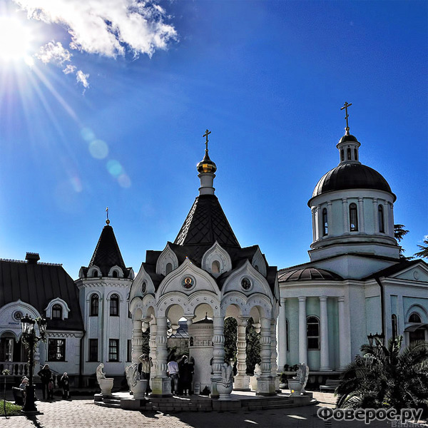 Храм Архангела Михаила в Сочи