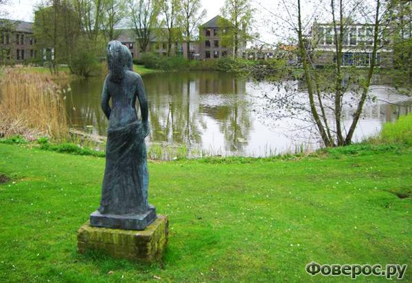 Вехел (Veghel) - Город в Голландии (Netherlands) - Озеро или пруд