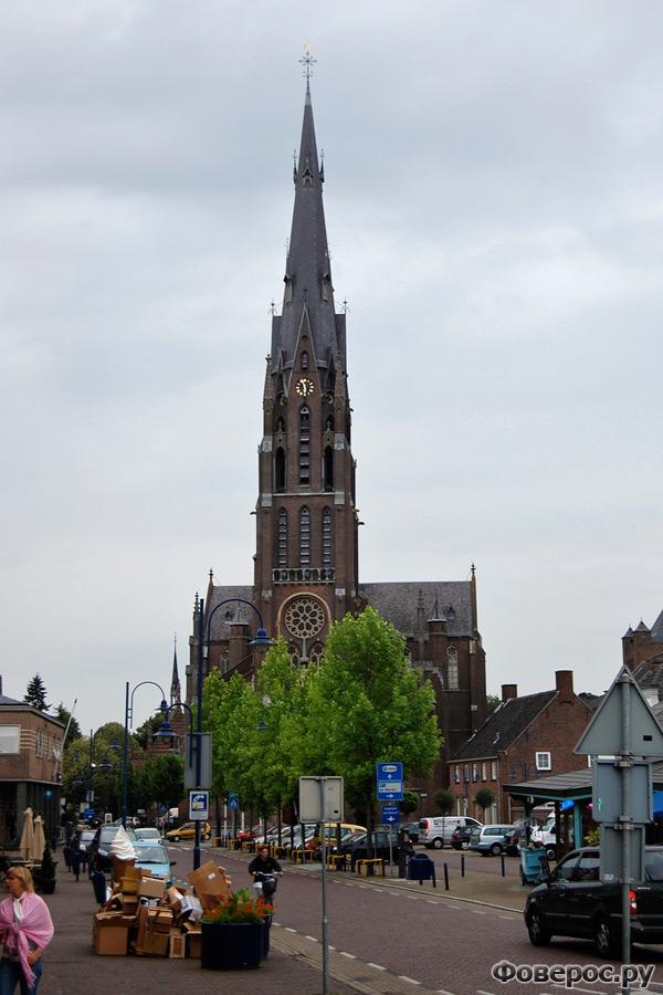 Вехел (Veghel) - Город в Голландии (Netherlands)