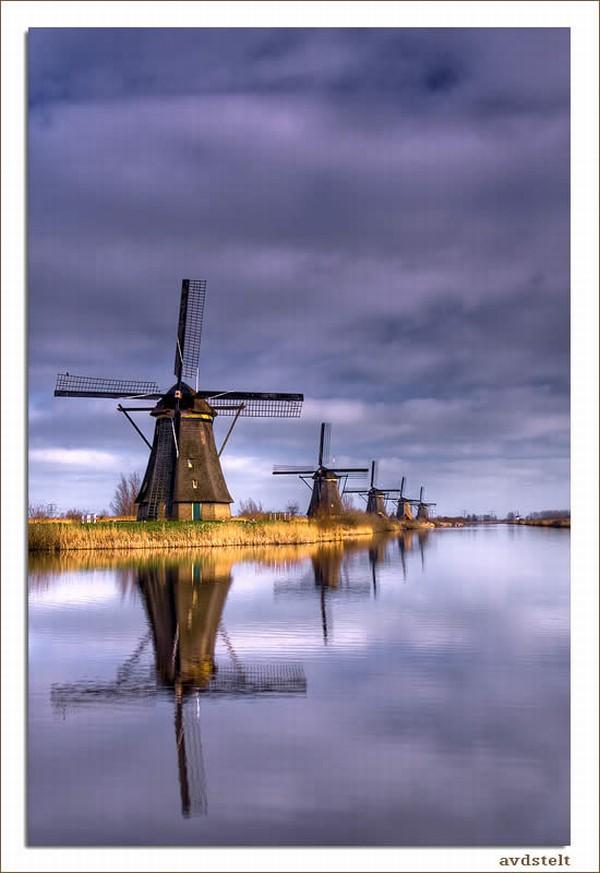 Ветряные мельницы в Киндердайк - Голландия