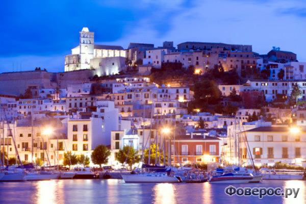 Ибица - молодежный остров Испании