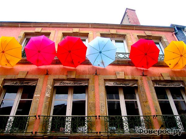 Шербурские зонтики в Шербуре
