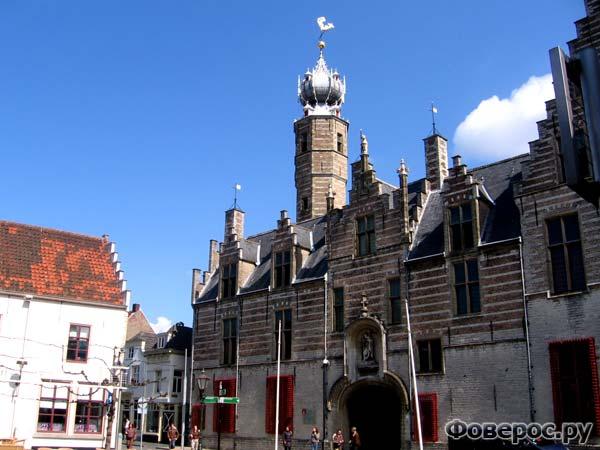 Берген-оп-Зом, Голандия