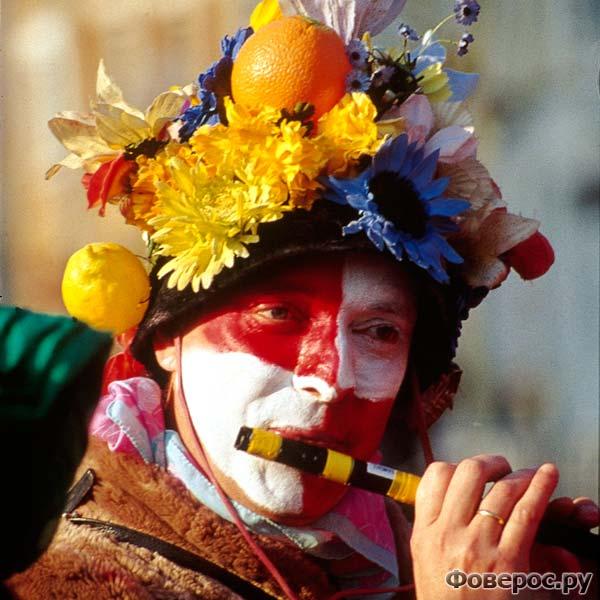 Карнавал в Дюнкерке в начале весны