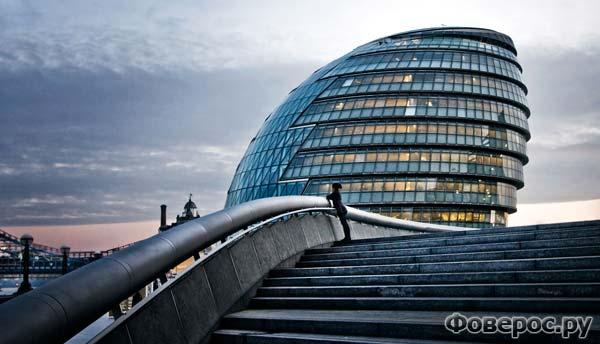 Здание мэрии в Лондоне (Великобритания)