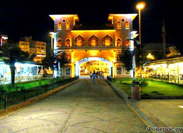 Бандырма - Вечерний город