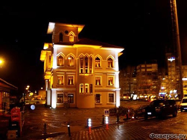 Бандырма - Ночной город