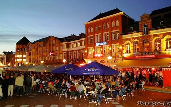 Эйндховен - Местные ночные заведения