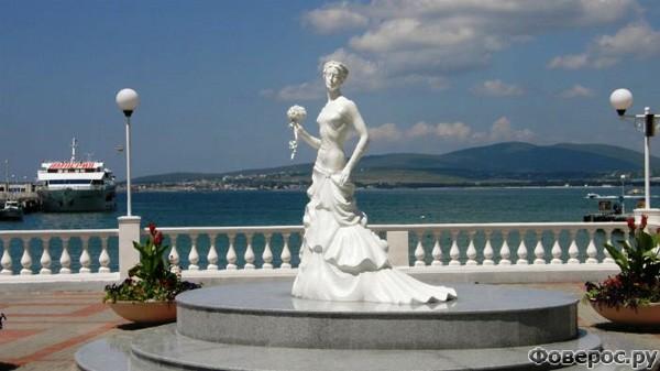 Геленджик: Белая невеста - символ города