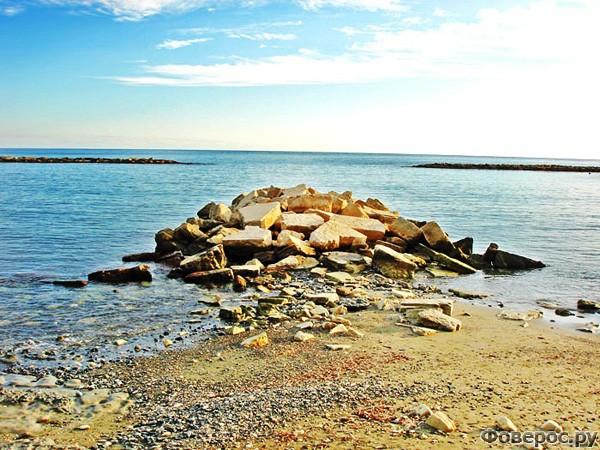 Лимассол - Каменистый пляж